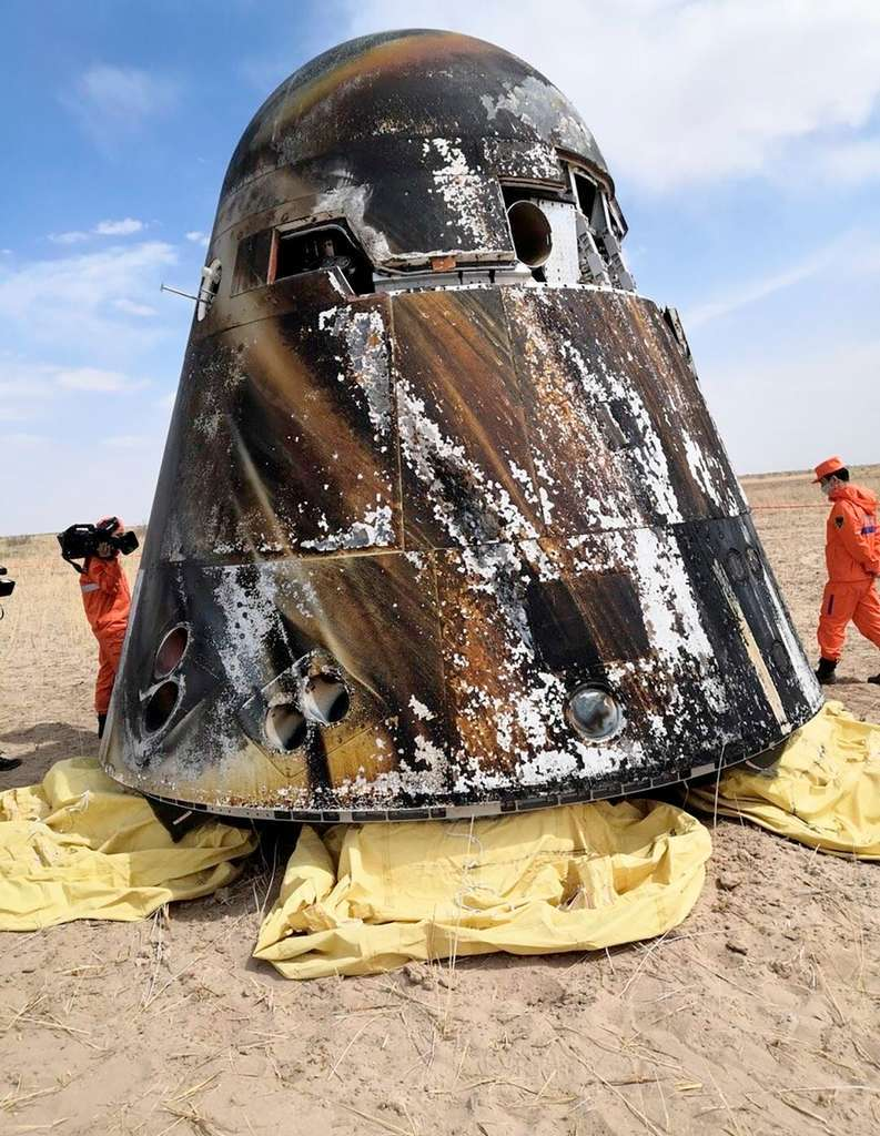 Atterrissage du nouveau vaisseau spatial chinois le 8 mai 2020