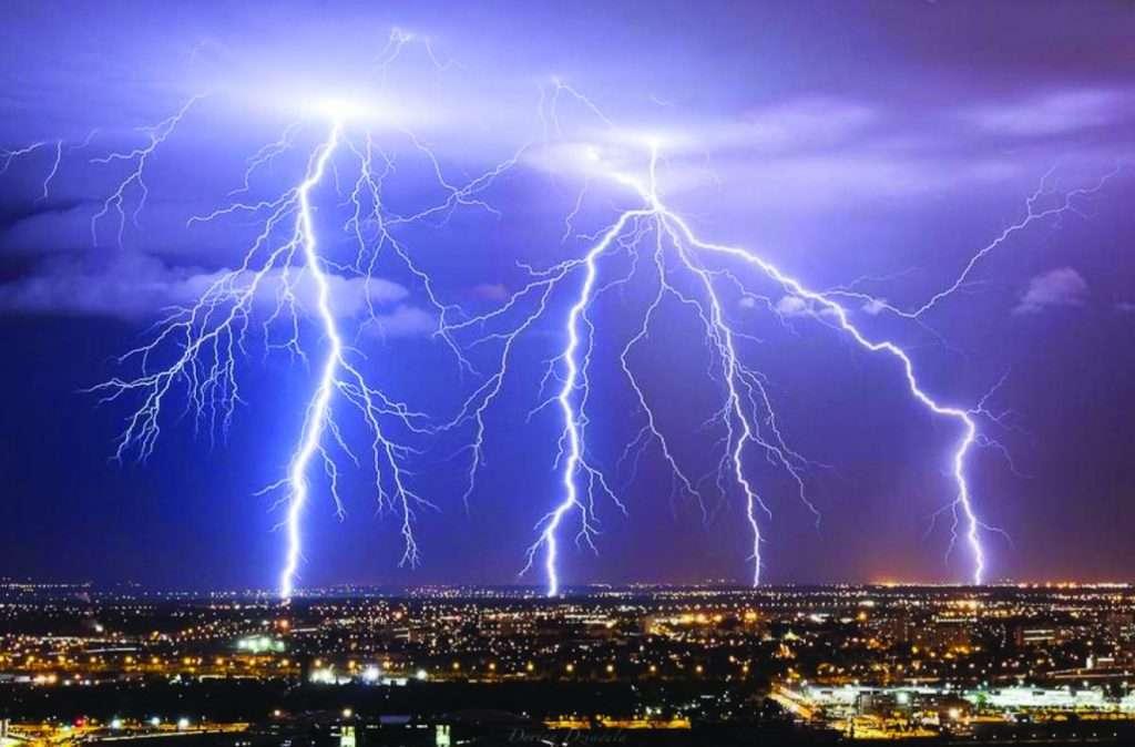 Dommages causés par la foudre : comment protéger les appareils en cas d'orage